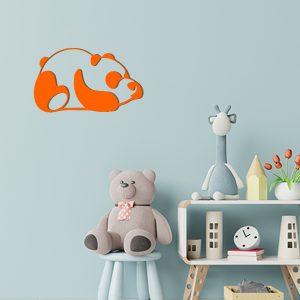 Plaque murale en métal panda dans chambre d'enfant orange
