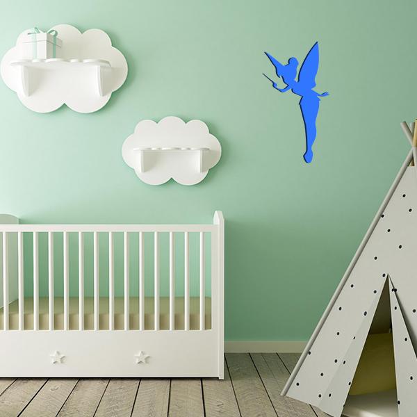 Plaque murale métal fée dans chambre d'enfant en bleu