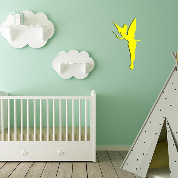 Plaque murale métal fée dans chambre d'enfant en jaune