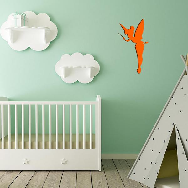 Plaque murale métal fée dans chambre d'enfant en orange