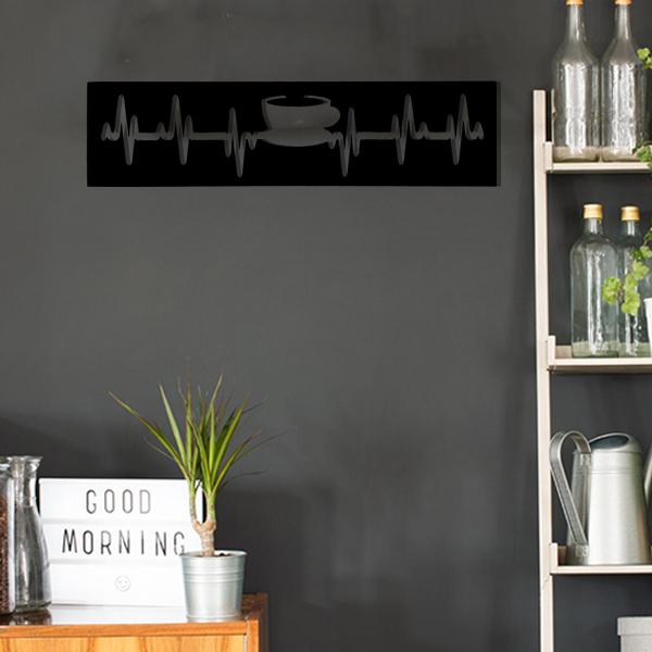cadre murale en métal tasse de thé dans cuisine en noir