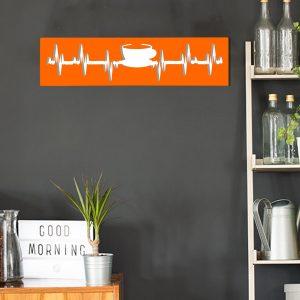 cadre murale en métal tasse de thé dans cuisine en orange fond blanc