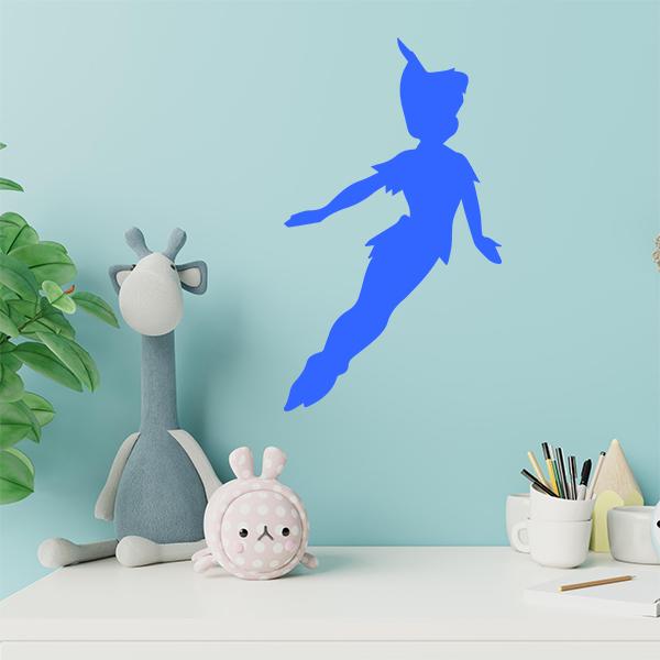 plaque murale metal peter pan en bleu dans chambre