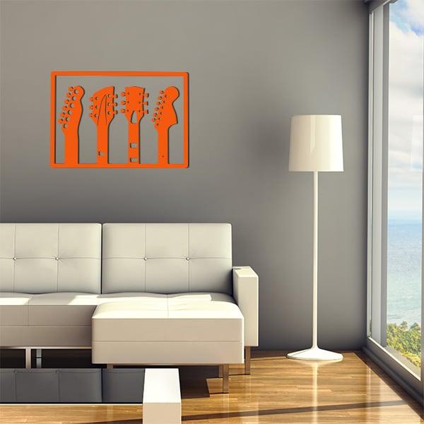 plaque murale en métal de 3 guitares dans salon en orange