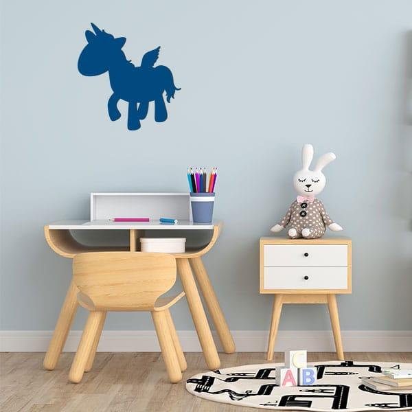 Plaque murale metal licorne ailee salon bleu