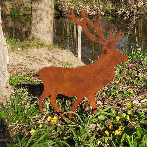 décoration jardin métal rouillé cerf majesteux