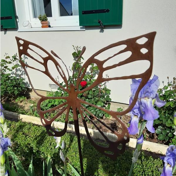 décoration jardin métal rouillé papillon